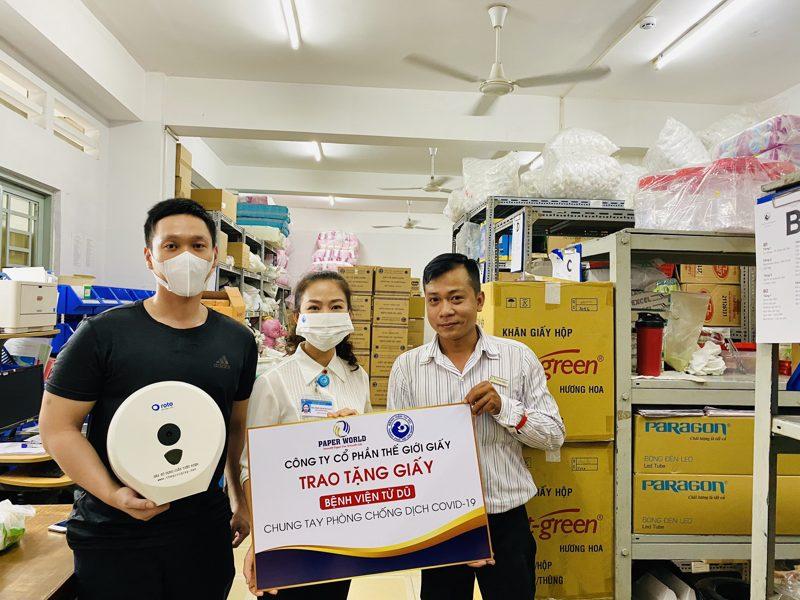 Công Ty Thế Giới Giấy trao tặng giấy cho bệnh viện Từ Dũ Tại TPHCM